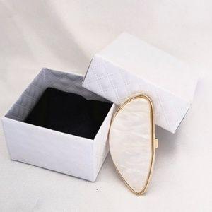 Buckle Jewelry - New! Women's Oval Geometric Ring